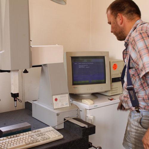 Entwicklung von Sondermaschinen und Sonderkomponenten